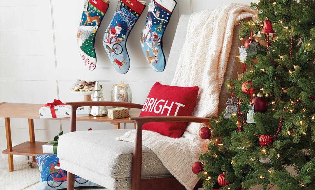 Quick and Easy Ways to Decorate Your Christmas Tree