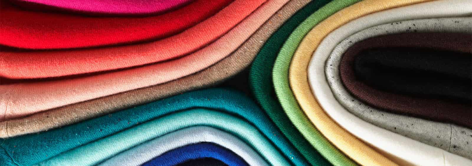 Tips on Layering Cashmere Sweaters for Women