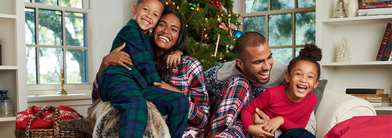 How to start your own Christmas pajamas tradition    Lands' End